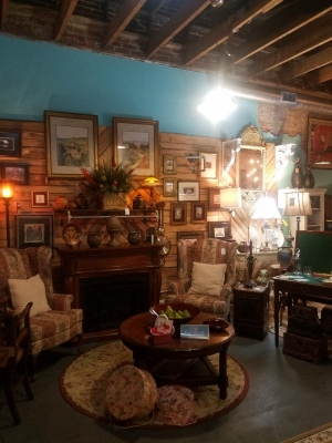 Rivertown Consignments Pic 2.jpg